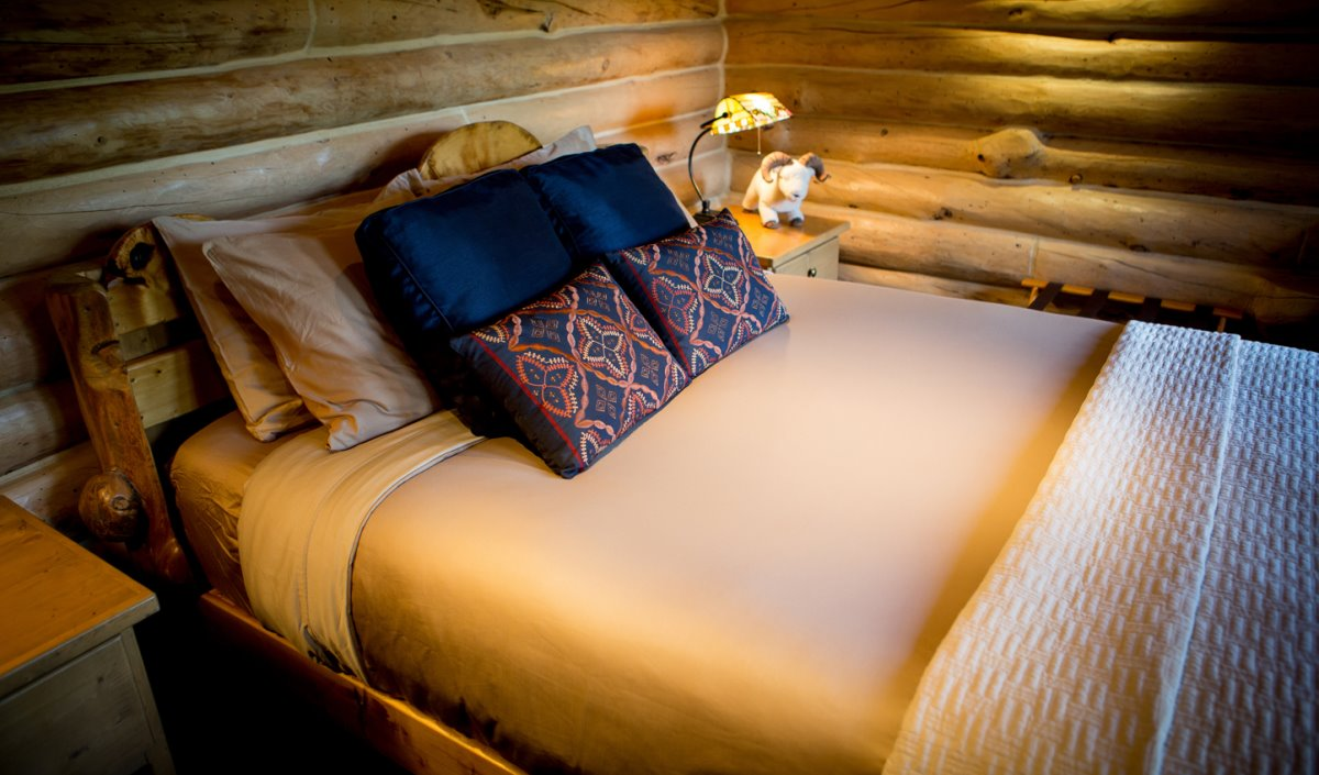 Το Ultima Thule Lodge στην Αλάσκα έχει όμορφα δωμάτια