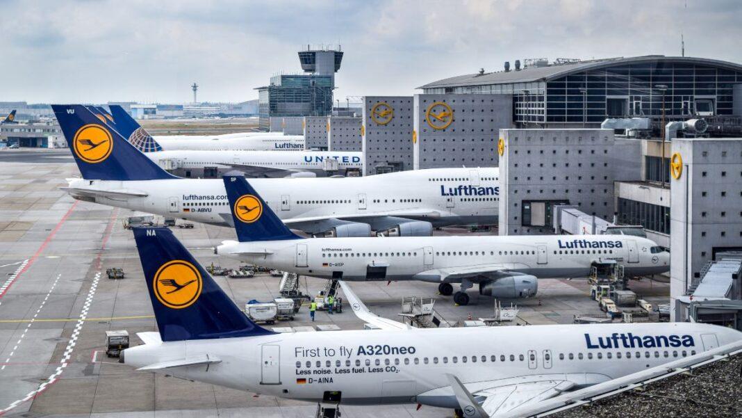 Οι γερμανικές αεροπορικές απαγορεύουν την υφασμάτινη μάσκα