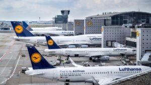 Οι γερμανικές αεροπορικές εταιρείες δεν θα δέχονται επιβάτες με υφασμάτινη μάσκα