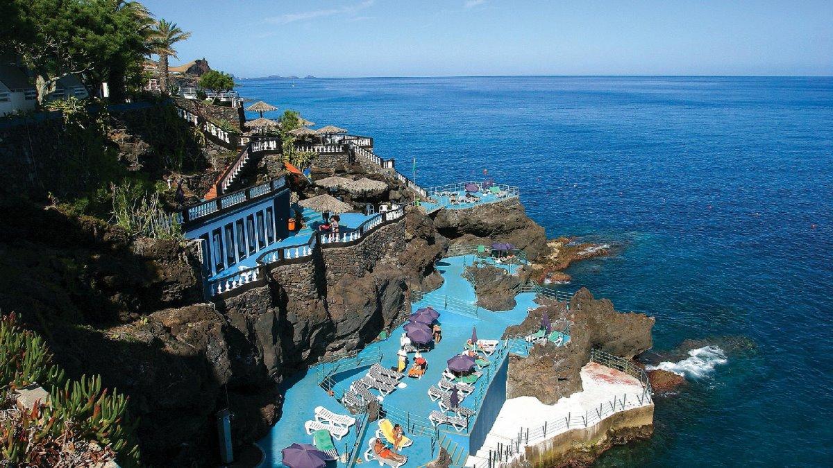 ξενοδοχείο στη Μαδέρα στα βράχια