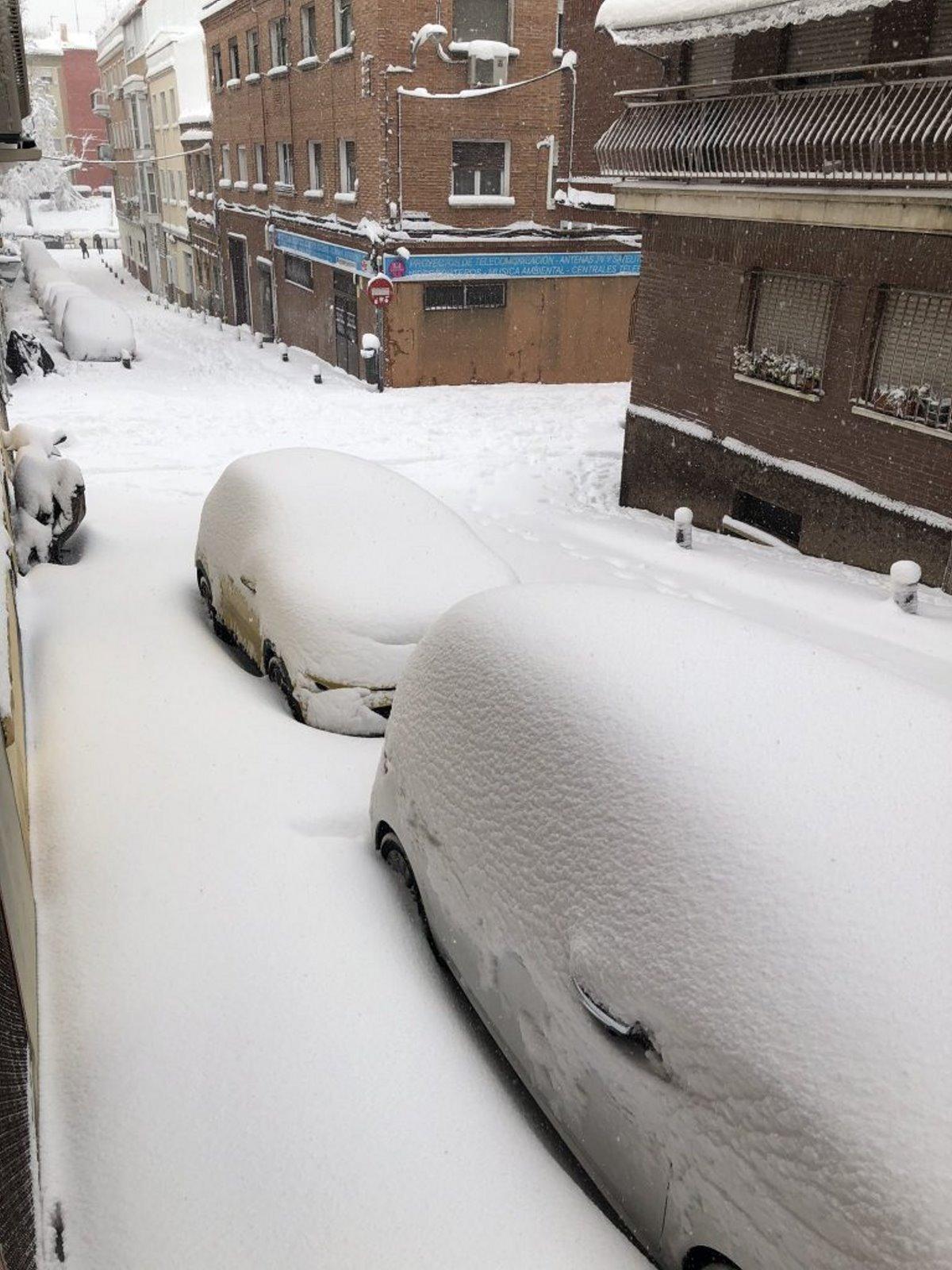 Χιόνια στη Μαδρίτη κάλυψαν την πόλη