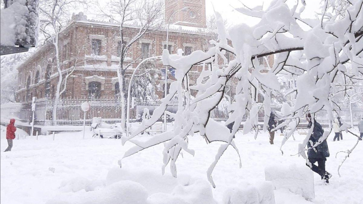 Με χιόνια καλύφθηκε η Μαδρίτη