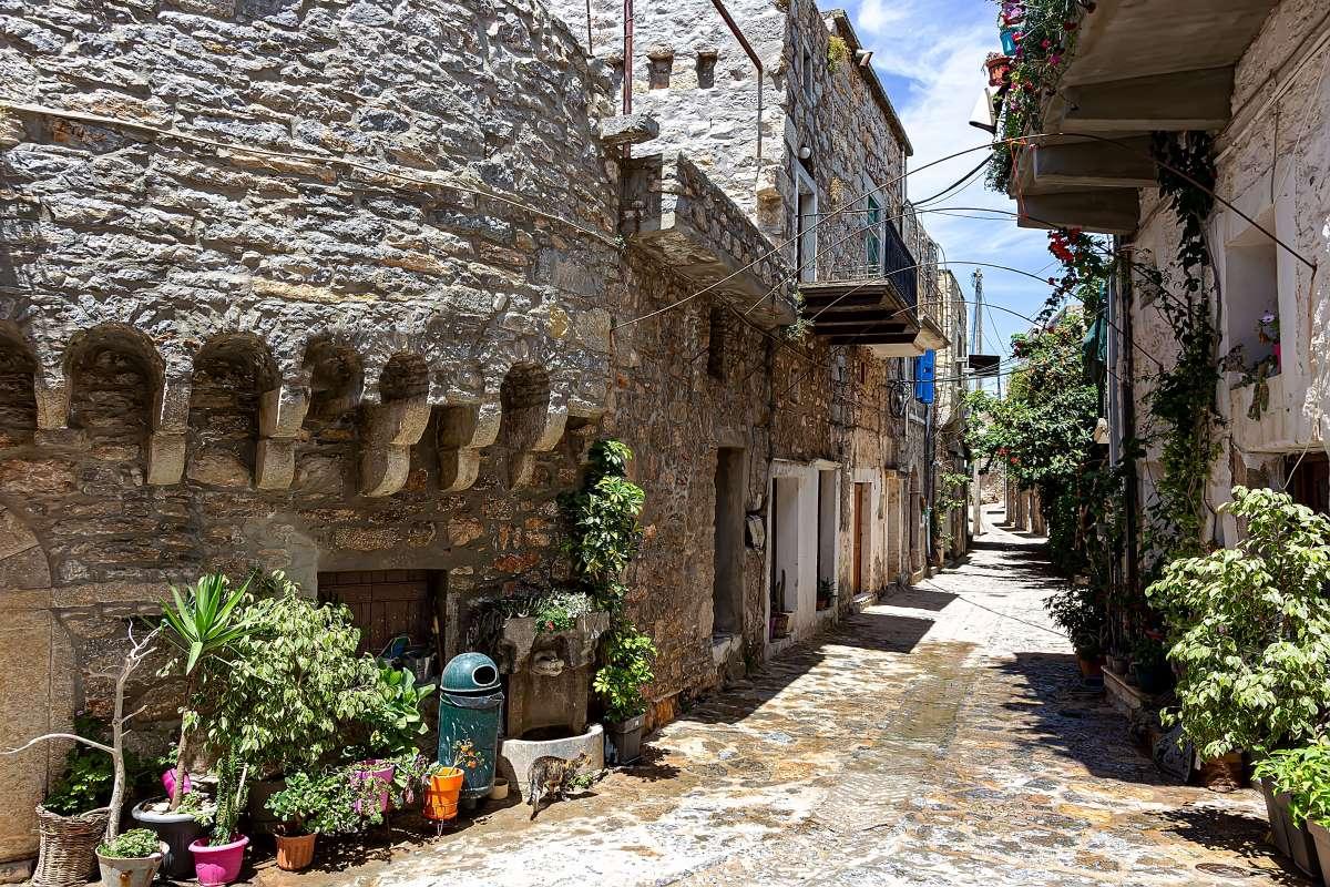 Μεστά Χίου, το μεσαιωνικό χωριό που μοιάζει με λαβύρινθο