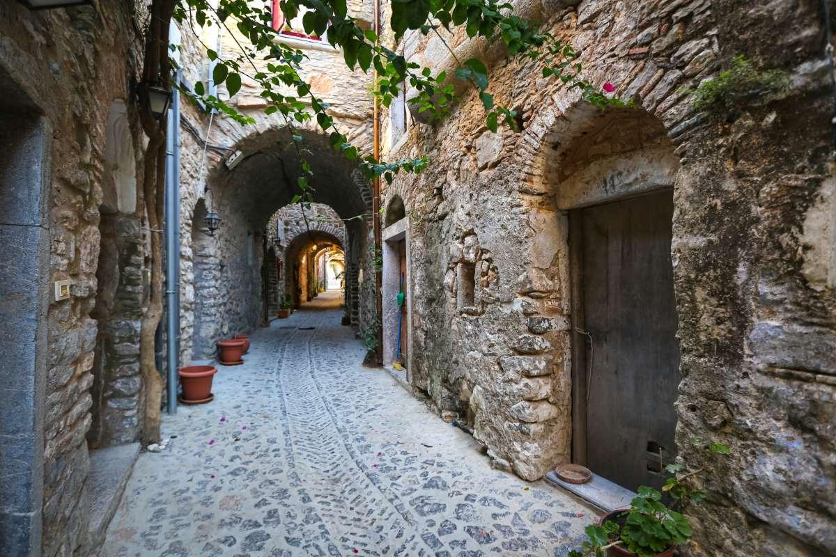 Μεστά Χίου, το χωριό που μοιάζει με λαβύρινθο