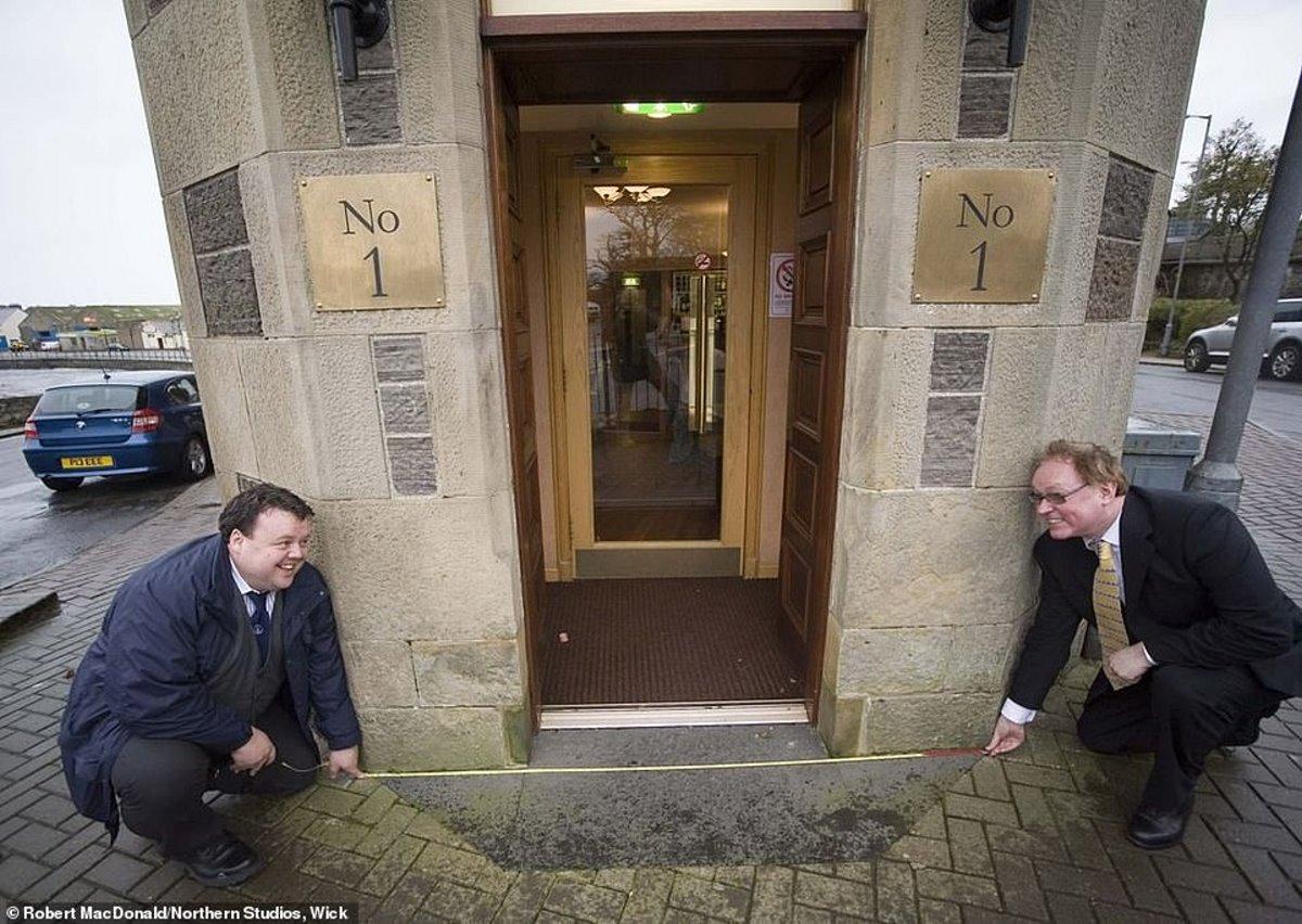 μικρότερος δρόμος στον κόσμο Σκωτία 2 μέτρα