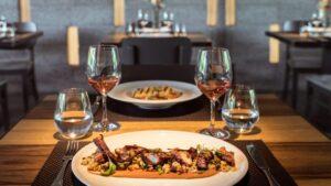 Τα 10 παλιότερα εστιατόρια και ταβέρνες της Αθήνας συνθέτουν τη γευστική ιστορία της πόλης…