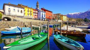 Σας παρουσιάζουμε τις πιο όμορφες πολύχρωμες πόλεις στον κόσμο αλλά και εκείνη που έχει τον τίτλο της πιο… άσχημης!
