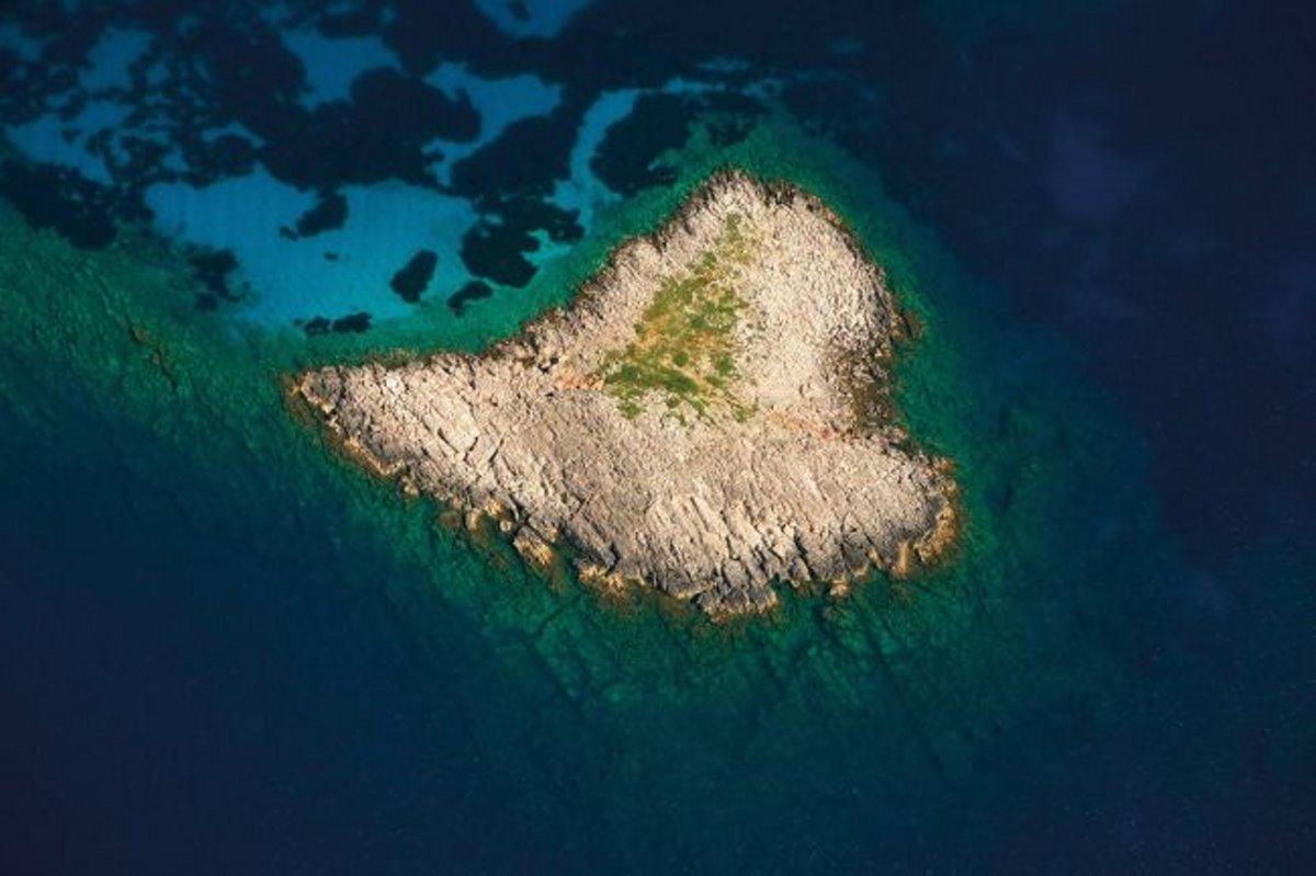 Σαπιέντζα νησί σε σχήμα καρδιάς