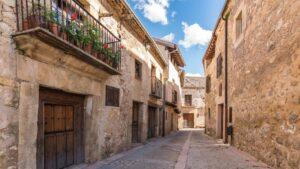 Σεγκόβια: Γνωρίστε την ισπανική «πόλη της νίκης» με τη μεσαιωνική ατμόσφαιρα