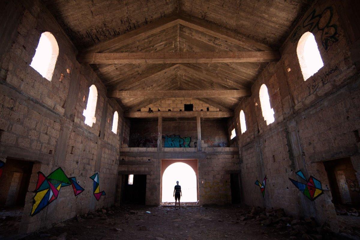 εσωτερικό κτηρίου σε έρημη πόλη Sanatorio de Abona στην Τενερίφη