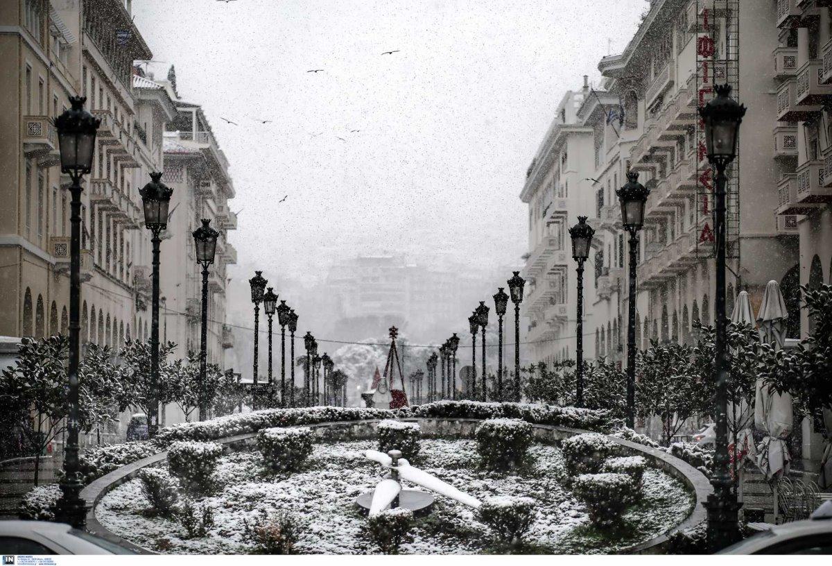 Θεσσαλονίκη χιονισμένη