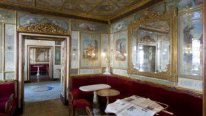 Το ιστορικό καφέ της Βενετίας μετράει τρεις αιώνες ζωής, είναι από τα αρχαιότερα της Ευρώπης και γνωστό παγκοσμίως!