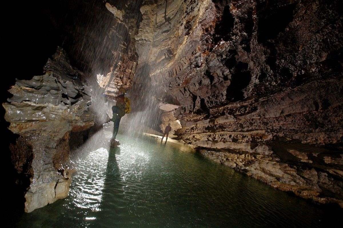 Σπήλαιο Krubera