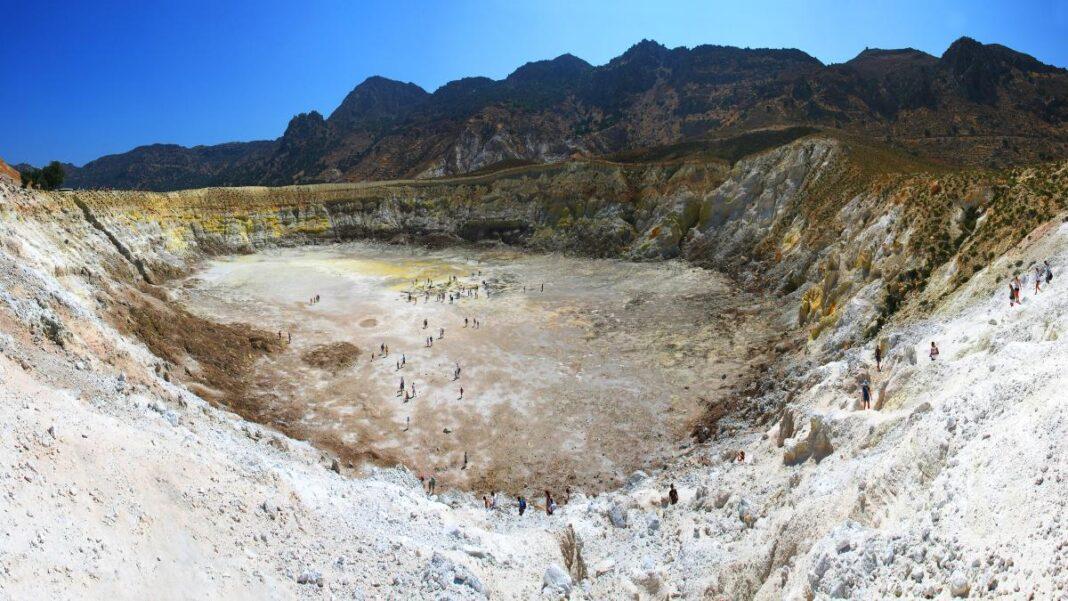 Νίσυρος το ηφαιστειογενές νησί του Αιγαίου