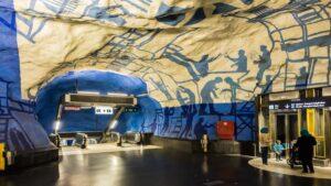 Το μετρό της Στοκχόλμης είναι πραγματικό έργο τέχνης και σίγουρα το πιο εντυπωσιακό του πλανήτη!
