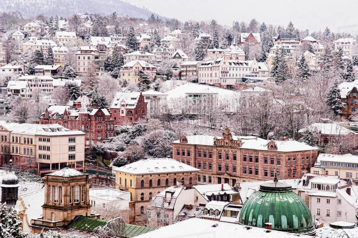 Baden-Baden χιονισμένη πόλη