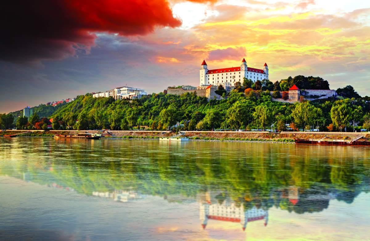 Τα παραμυθένια κάστρα της Μπρατισλάβα