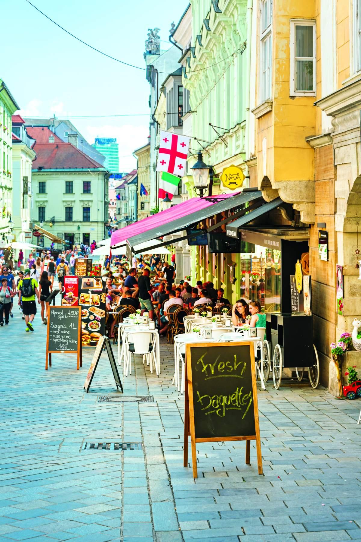Εστιατόρια και καφέ στο κέντρο της Μπρατισλάβα