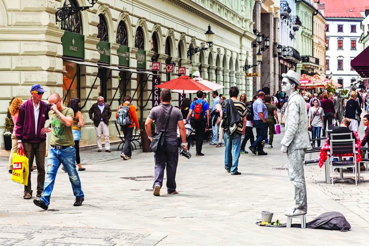 Street artists στο κέντρο της Μπρατισλάβα