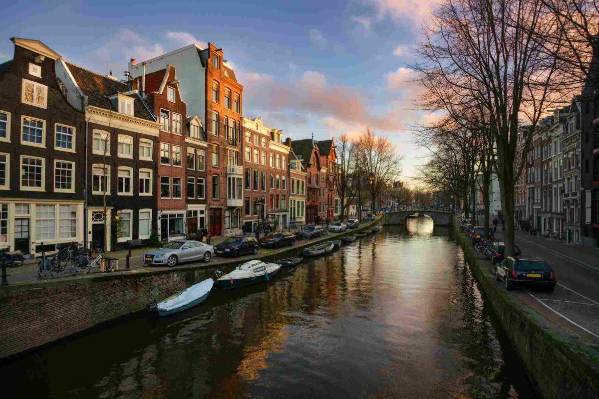Άμστερνταμ πόλη με κανάλια