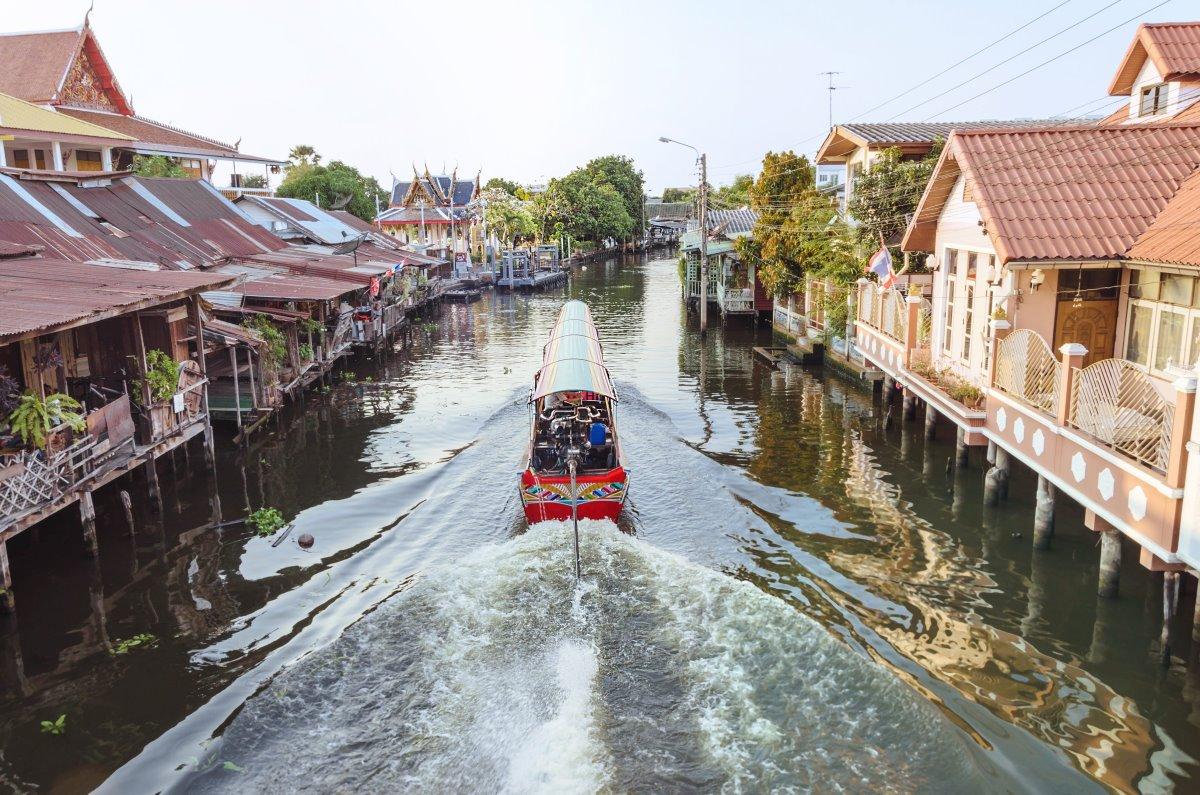 Βόλτα με γόνδολα στα κανάλια της Μπαγκόκ