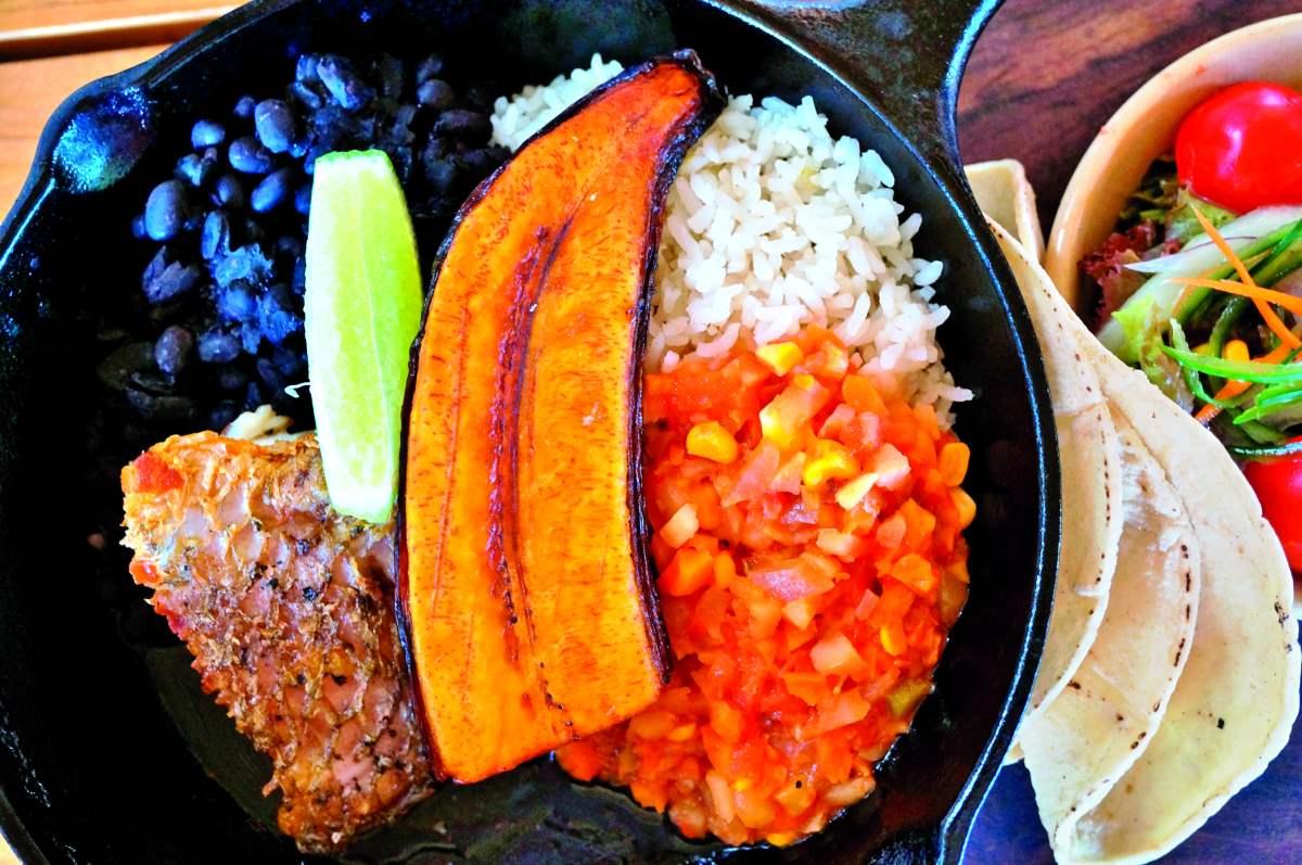 κουζίνα της Κόστα Ρίκα τοπικό πιάτο