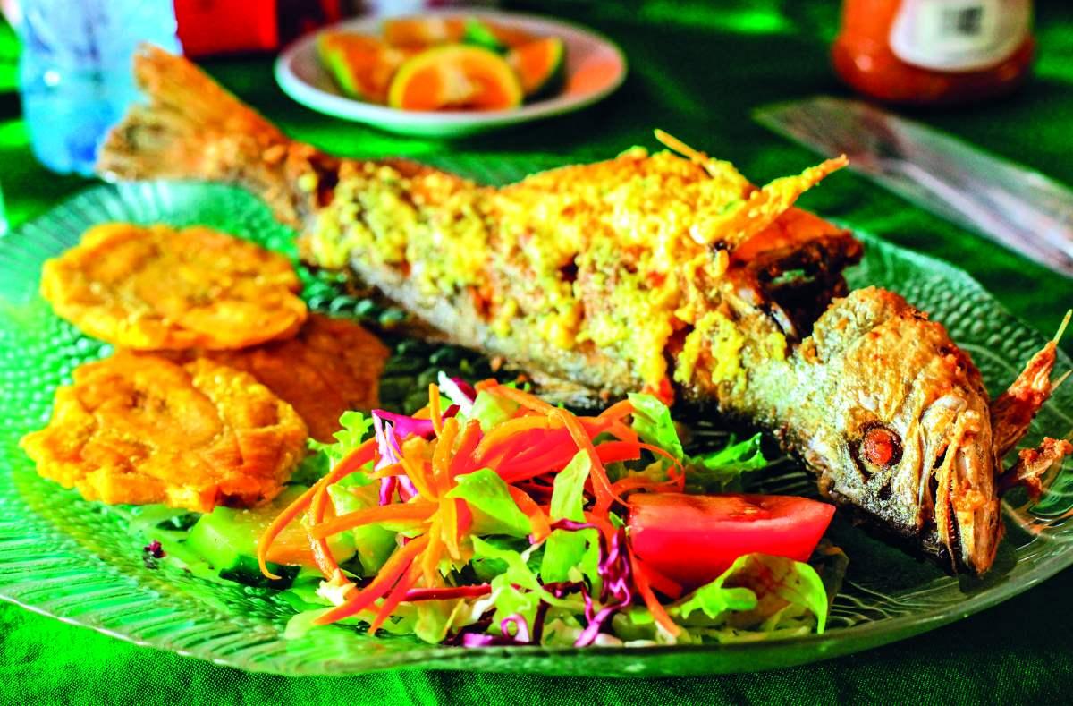 κουζίνα της Κόστα Ρίκα  ψάρι