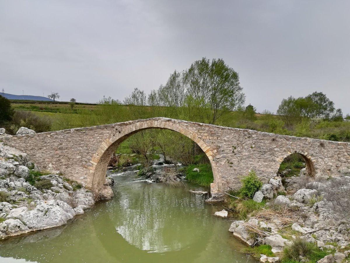 Πέτρινο γεφύρι Δαφνούλα Αθήνα