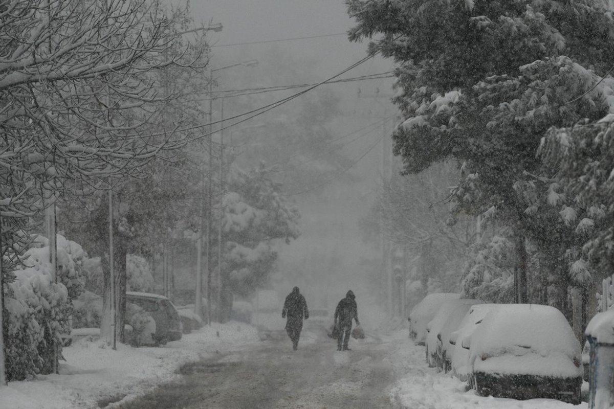 Διόνυσος χιόνια Μήδεια
