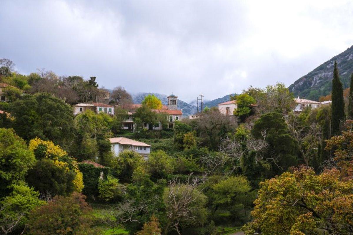 Εγκλουβή το πιο ορεινό χωριό της Λευκάδας