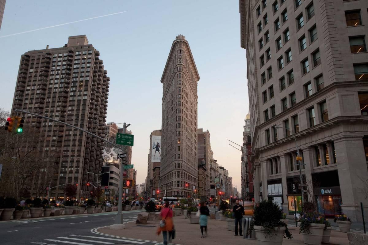 Flatiron: Το θρυλικό κτήριο της Νέας Υόρκης σε σχήμα τριγώνου - Από τα πιο πολυφωτογραφημένα στον κόσμο!