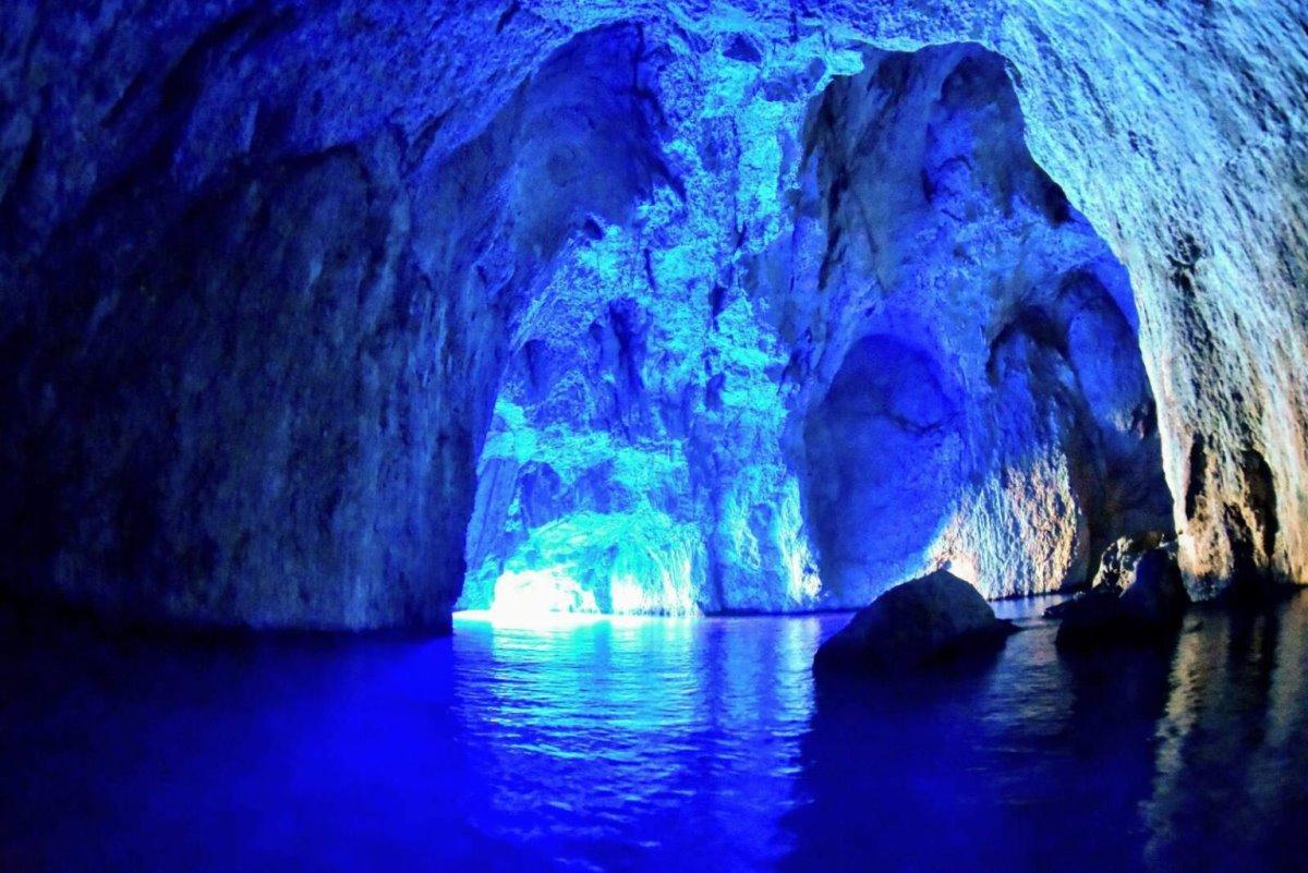Καστελόριζο - Γαλαζια Σπηλιά