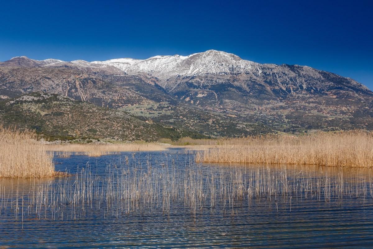 Η ελληνική λίμνη Λοχ Νες... με τους μύθους και τους θρύλους!