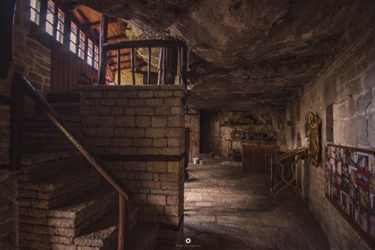 Μονή Κηπίνας Ηπειρος μοναστήρι των βράχων