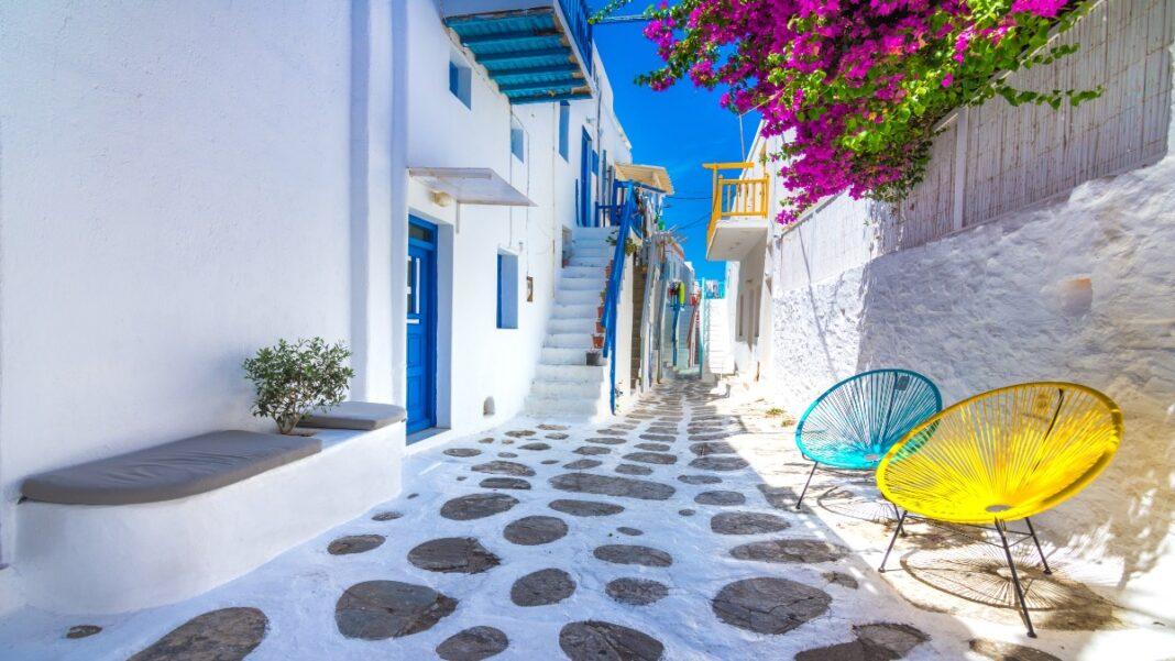 Τα 15 ελληνικά νησιά που προτείνει η telegraph