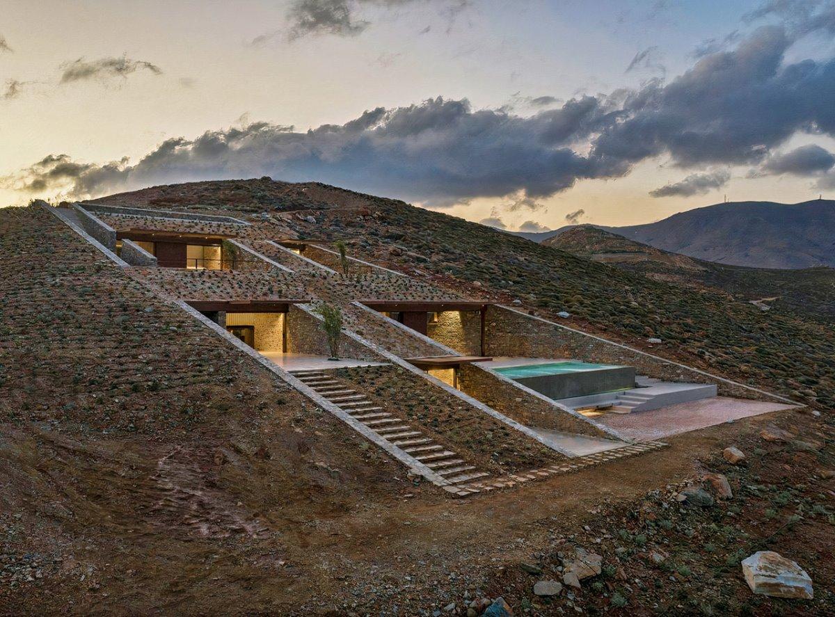 Εξοχική κατοικία στη Σέριφο που αιωρείται στη θάλασσα