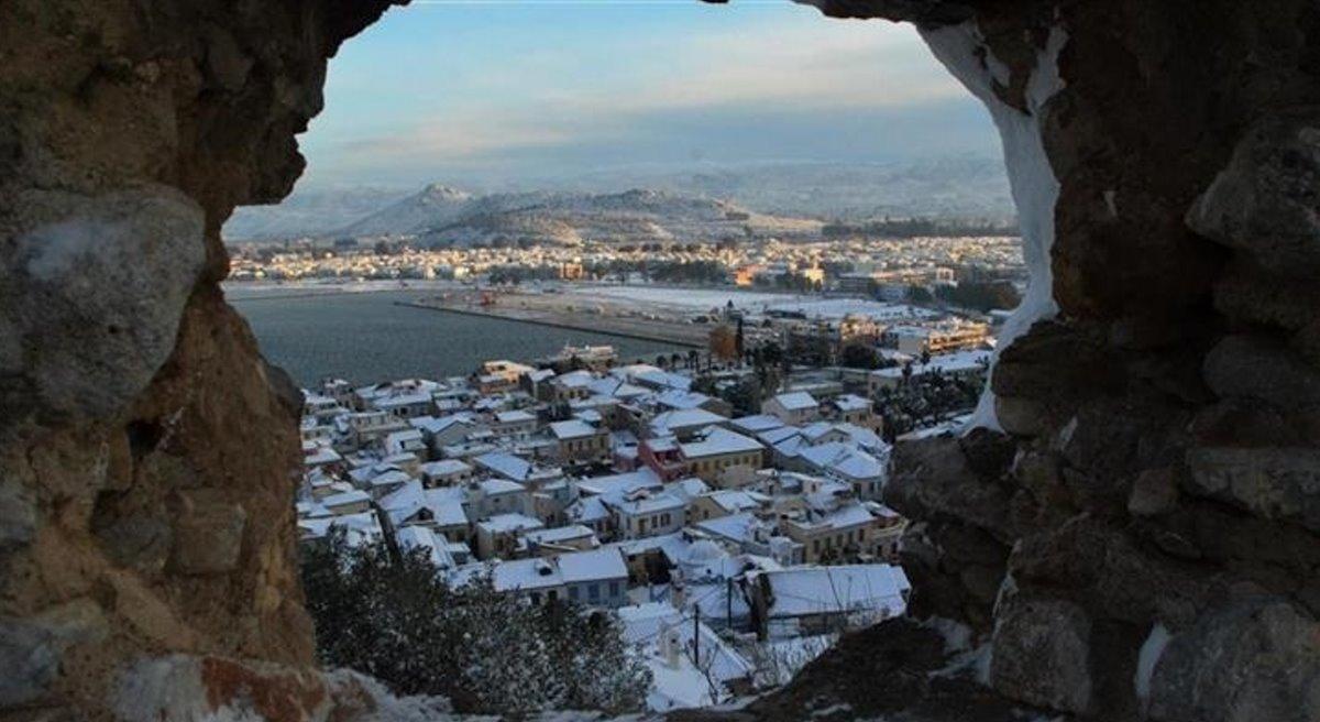 Ναύπλιο πόλη με χιόνια