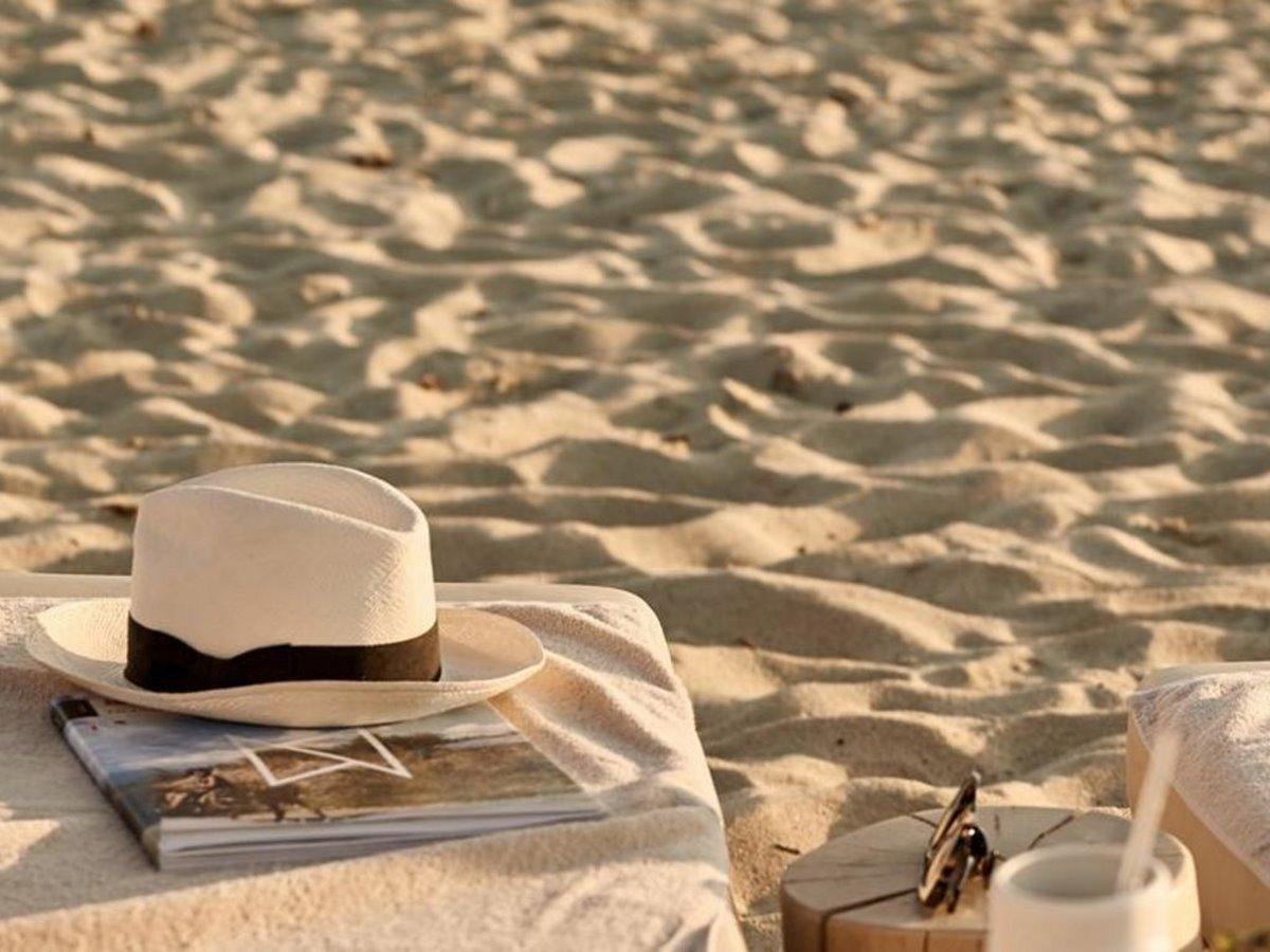 Naxian by the Beach Νάξος λεπτομέρεια πάνω στην άμμο