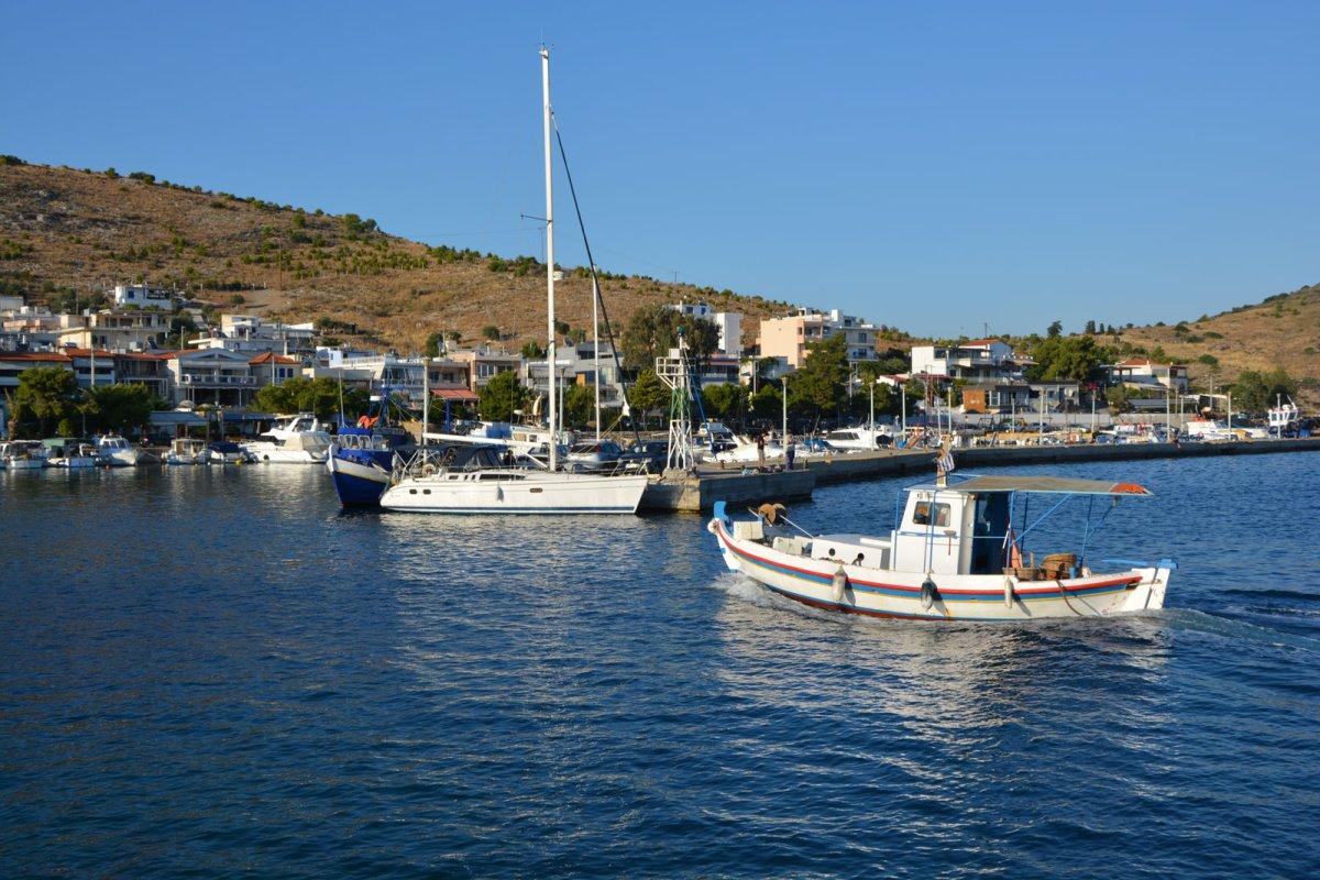 Πάχη ψαροχώρι κοντά στην Αθήνα