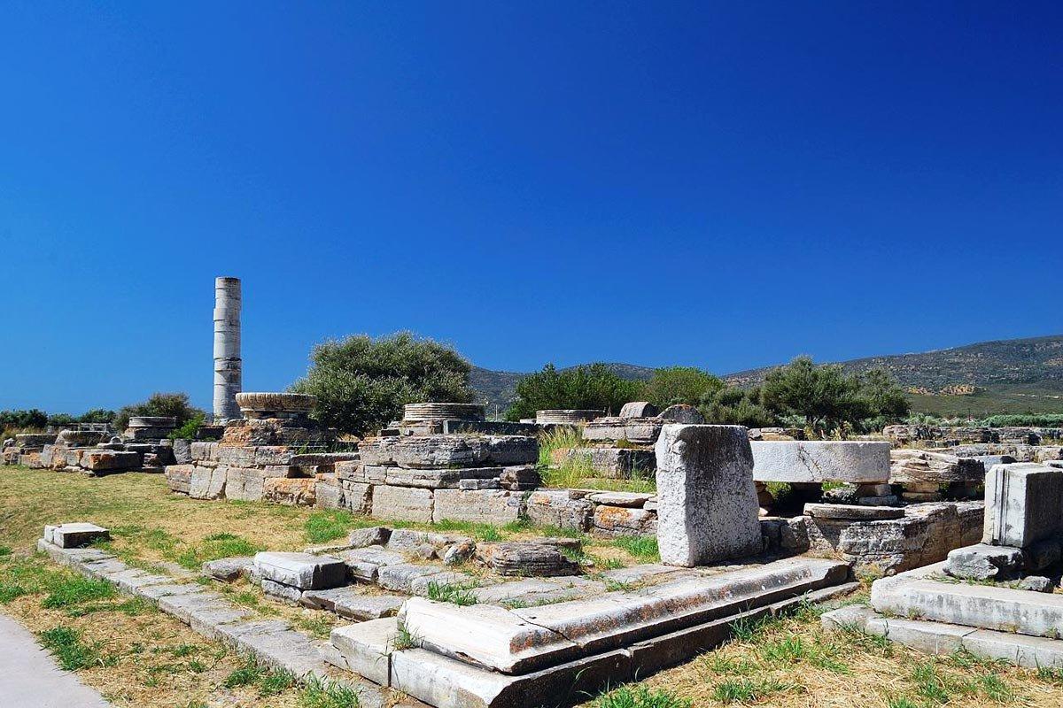 Σας παρουσιάζουμε τα 6 ελληνικά νησιά με μνημεία της UNESCO! Ταξίδι στην ιστορία...