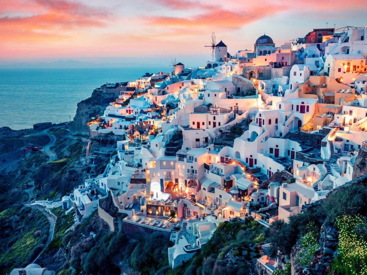 Οία, Ελλάδα