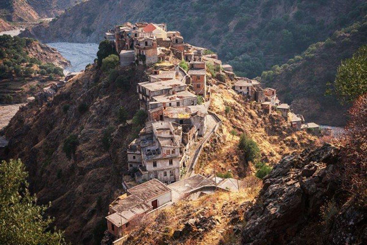 Roghudi ελληνικά χωριά Ιταλία