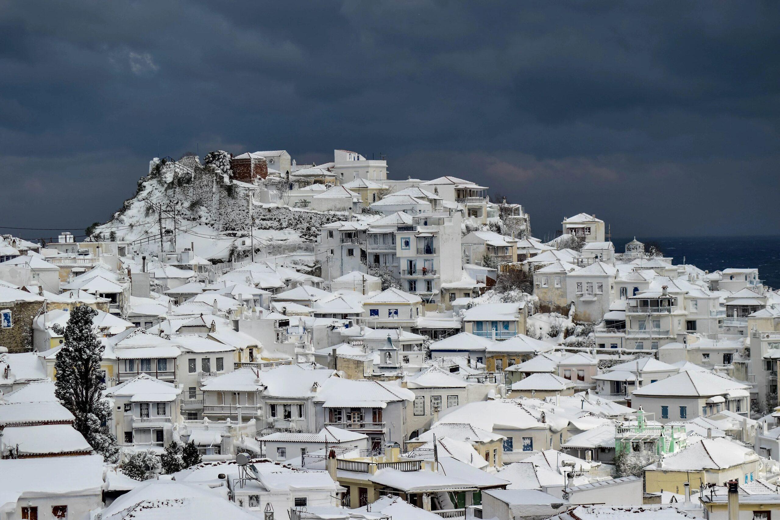 6+1 πανέμορφα χιονισμένα νησιά - Ένα ελληνικό στη λίστα!