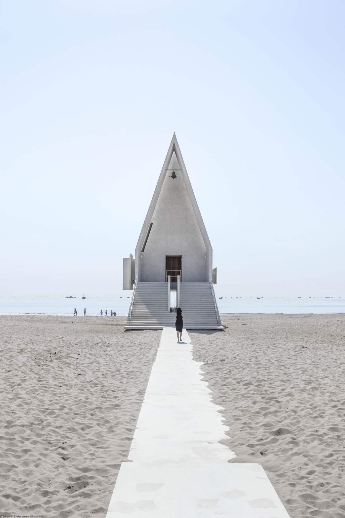 Seashore Chapel, Κίνα