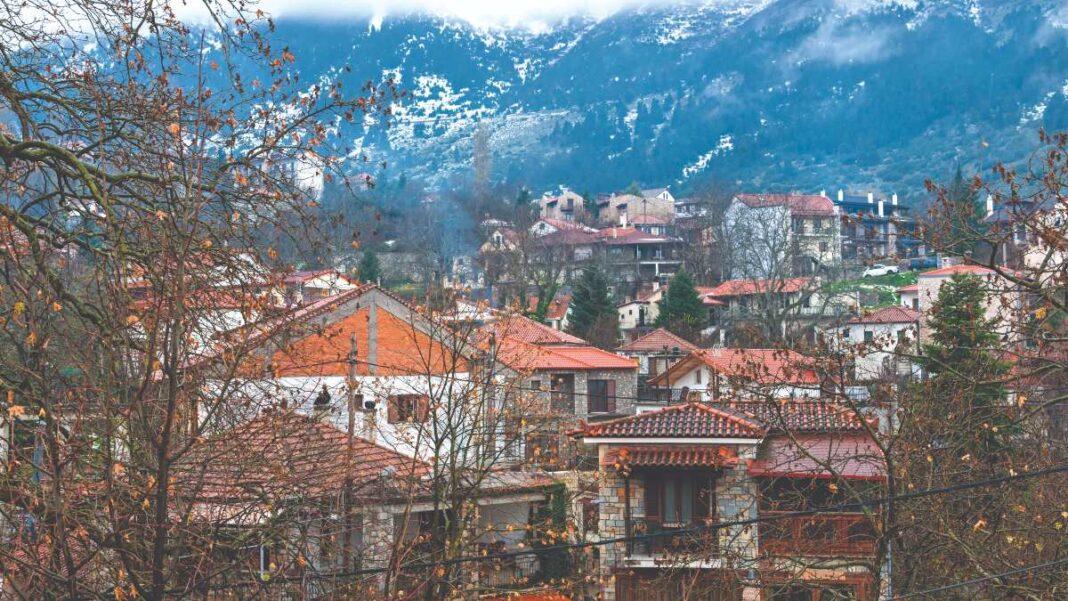 Χωριά Παρνασσού πέρα από την Αράχωβα