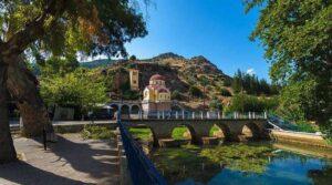 1+1 χωριά μόλις δύο ώρες από την Αθήνα ιδανικά για φθινοπωρινές εκδρομές