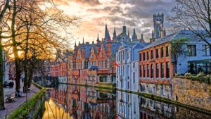 Μπριζ: Ταξίδι στην πόλη όπου τα παραμύθια ζωντανεύουν…