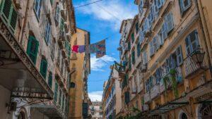 Καμπιέλο: Η παλαιότερη συνοικία της Κέρκυρας που έχει αέρα… νότιας Ιταλίας!