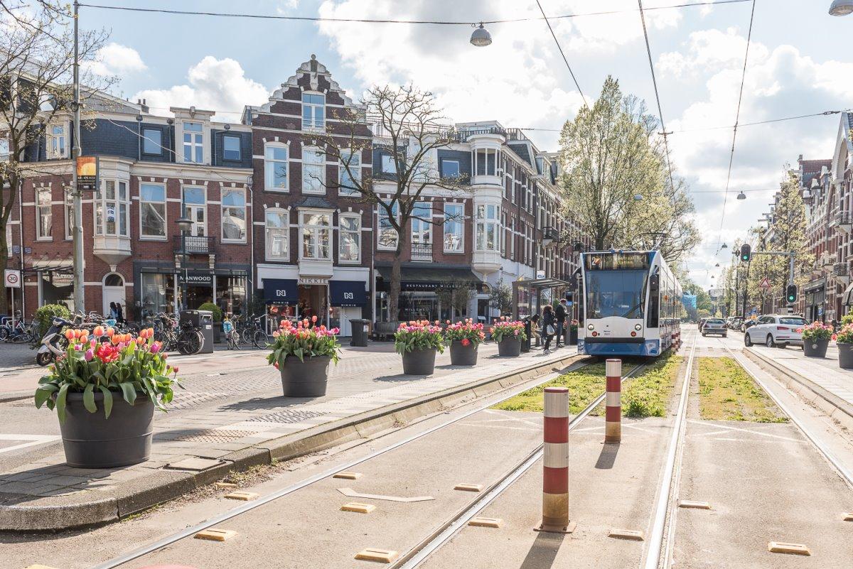 Το τραμ στην οδό Cornelis Schuytstraat