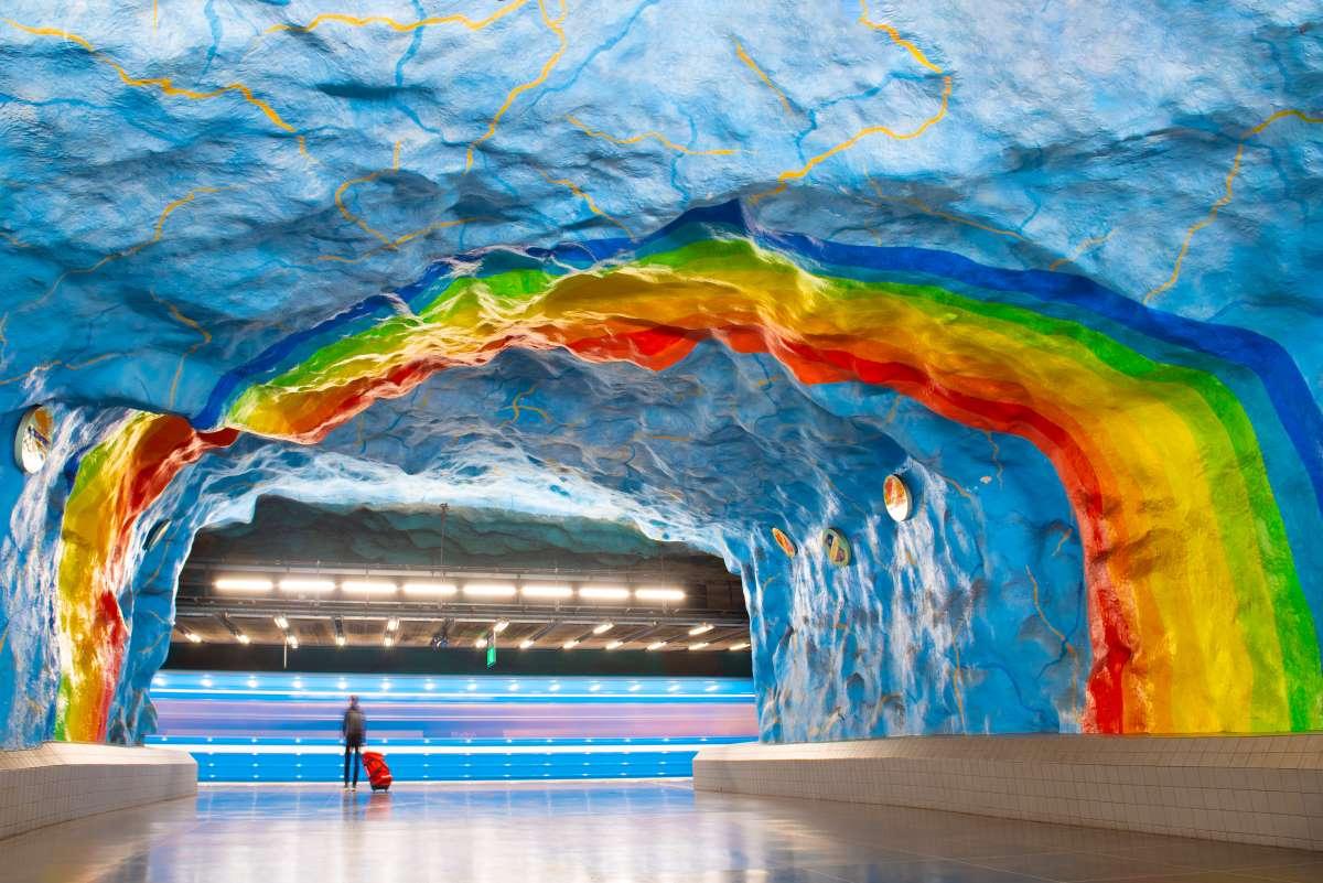 Το μετρό της Στοκχόλμης είναι  μνημείο σύγχρονης τέχνης